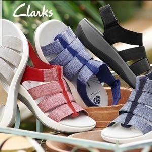 Cloudsteppers by Clarks Athletic Sandals